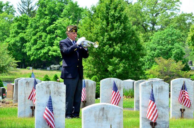 memorial-day-bugle